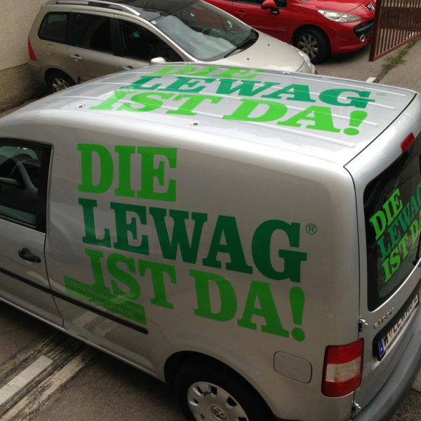 Fahrzeug-Beklebung: LEWAG